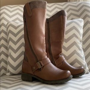 Earth Origins Brown Leather Boots